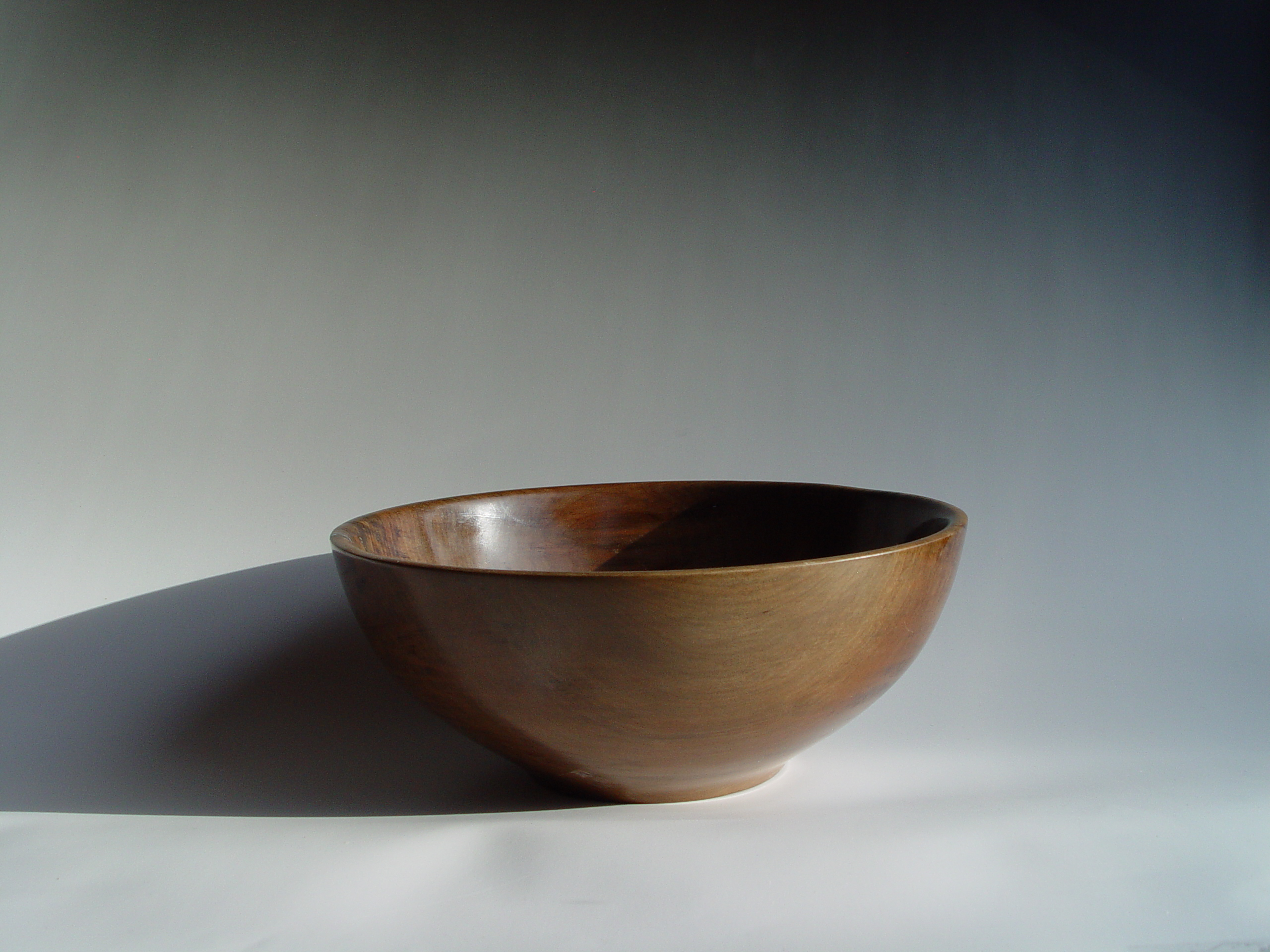Side view of Ancient Kauri Bowl
